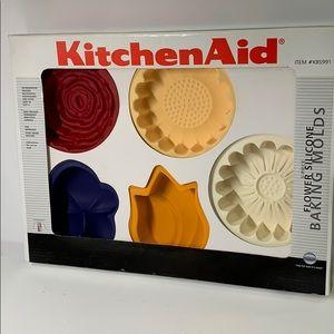 KitchenAid Flower Baking Molds
